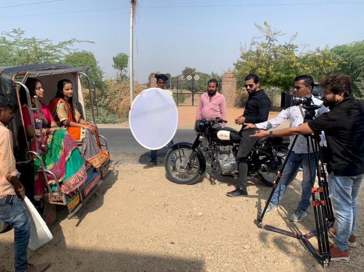 फिल्म प्रोडक्शन से जुड़े डम्पी माली और उनकी टीम ने किया म्यूजिक एलबम मन बावरा का फिल्मांकन