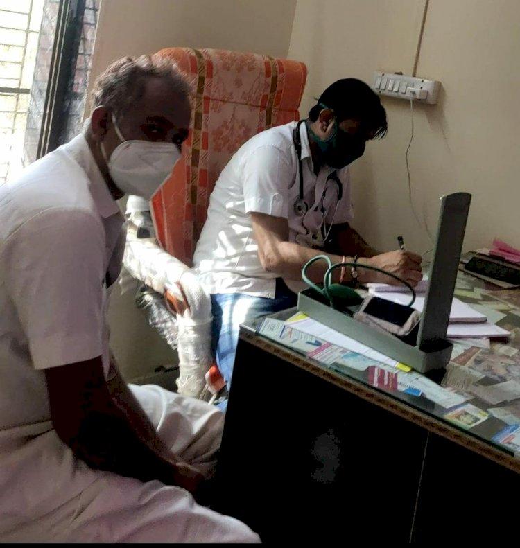 जालोर के रानीवाड़ा के पूजा अस्पताल में एक माह बाद भी झोलाछाप व्यक्ति कर रहा है लोगों का इलाज, चिकित्सा विभाग की बड़ी लापरवाही, बीसीएमओ ने दी थी क्लीन चिट,सीएमएचओ की जांच सवालों को घेरे में
