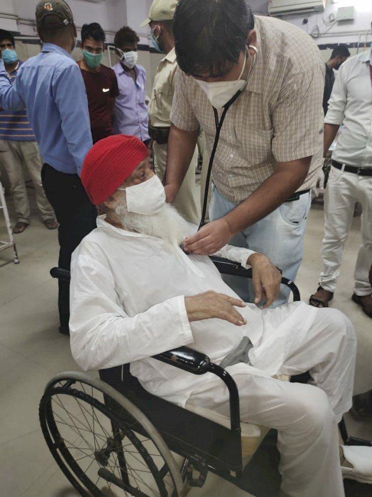 जोधपुर सेंट्रल जेल में सजा काट रहे आसाराम कोरोना पॉजिटिव, आईसीयू में भर्ती
