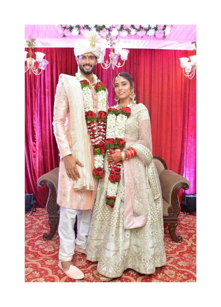 आईपीएल में राजस्थान रॉयल्स टीम के खिलाड़ी क्रिकेटर शिवम दूबे ने  मॉडल अंजुम खान से किया निकाह