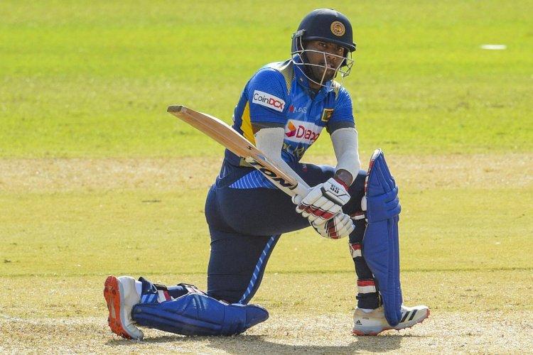 कोलंबो में खेले जा रहे वन डे मैच में श्रीलंका ने टॉस जीतकर 30 ओवर में बनाए 133 रन, खेल जारी